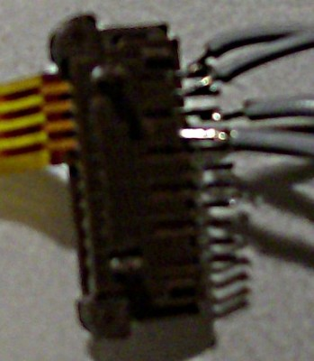 Particular of the wiring; upper two for X, lower two for Y